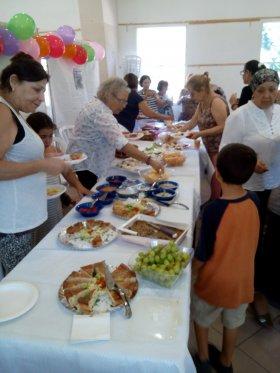 מתנדבים ונכדיהם